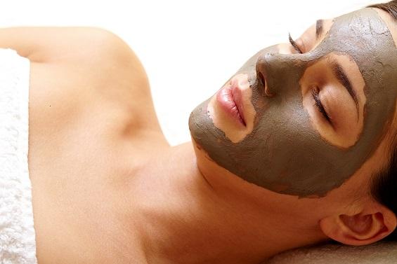 argile-pour-resserer-les-pores-naturellement